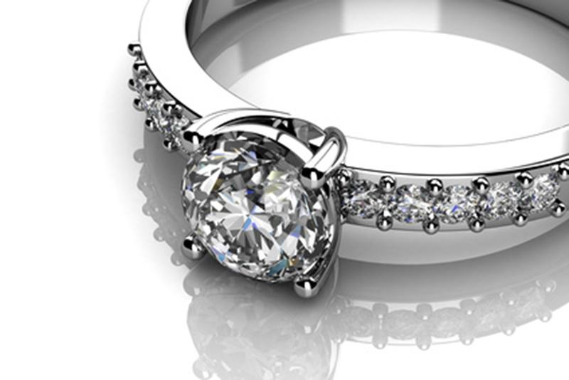 5 astuces pour que vos bijoux brillent de mille feux