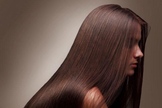 Coupe cheveux mi long et visage rond