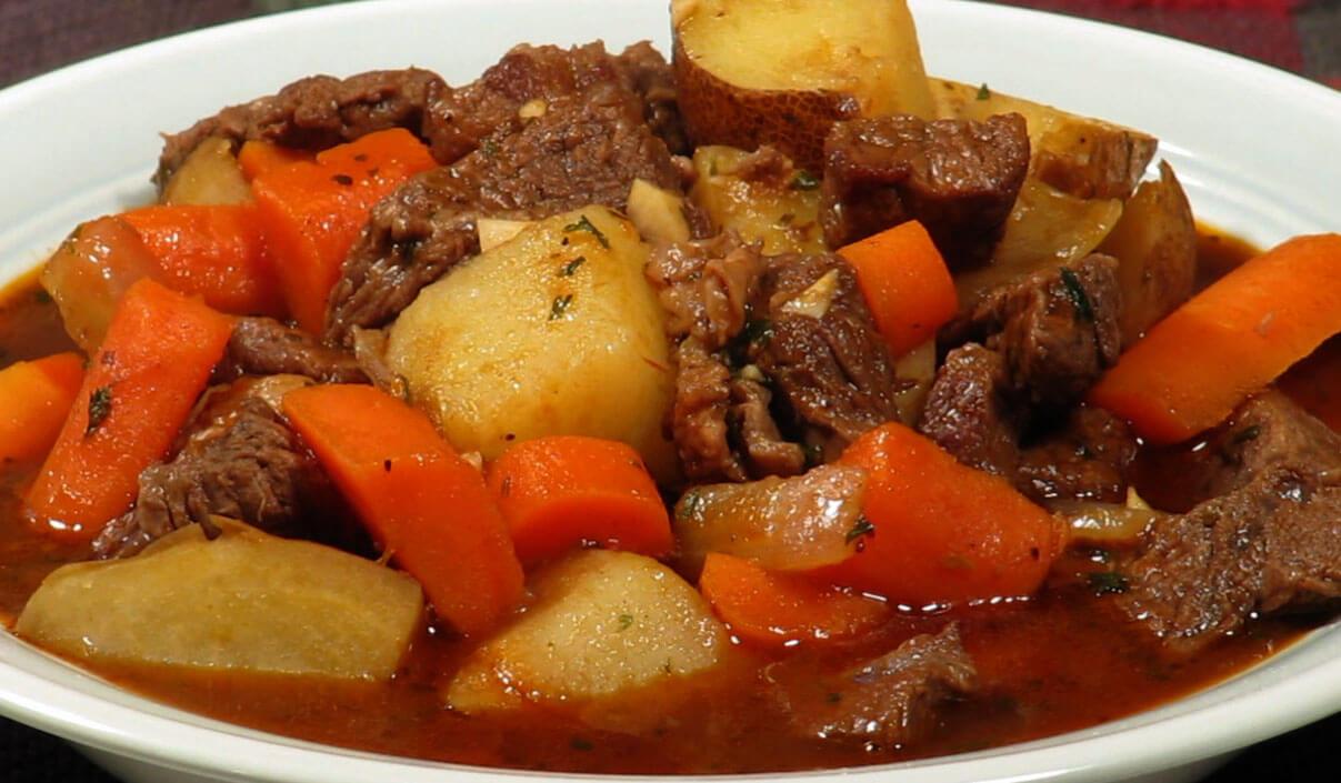 Ragoût de bœuf à l'ancienne - Grands-Mamans.com